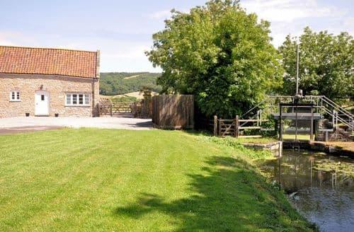 Last Minute Cottages - Exquisite Axbridge Barn S8421