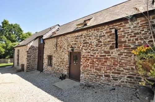 Last Minute Cottages - Superb Launceston Barn S8382