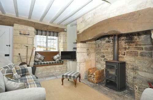 Last Minute Cottages - Excellent Broadway Cottage S49611