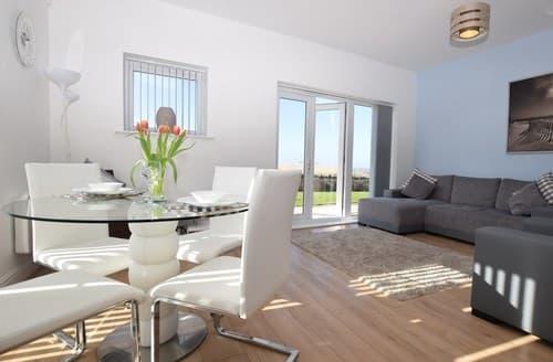 Last Minute Cottages - Wonderful Llanelli Apartment S72477