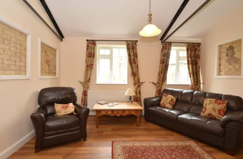 Last Minute Cottages - Lovely Thetford Bungalow S80701