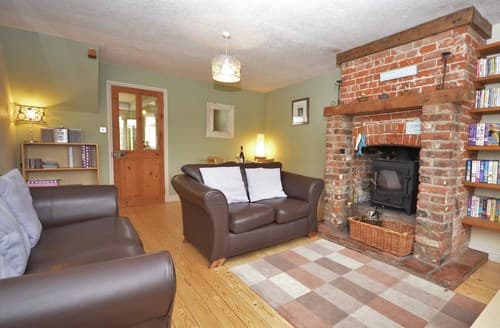 Last Minute Cottages - Luxury Cromer Cottage S7596