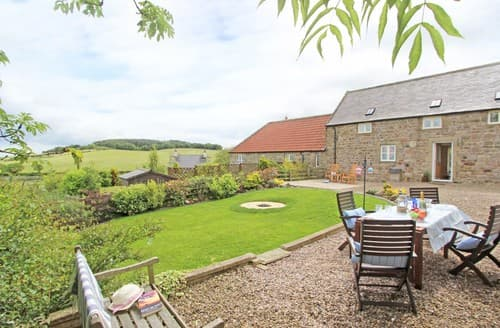 Last Minute Cottages - Exquisite Warenton Cottage S98036