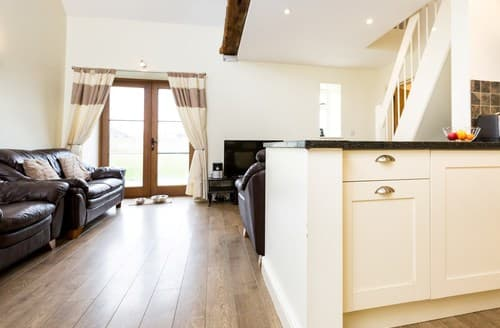 Last Minute Cottages - Cosy Banbury Barn S77321