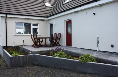 Dog Friendly Cottages - Beautiful Wick Apartment S70706