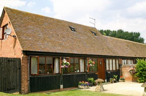Last Minute Cottages - Luxury Weston On Avon Barn S77323