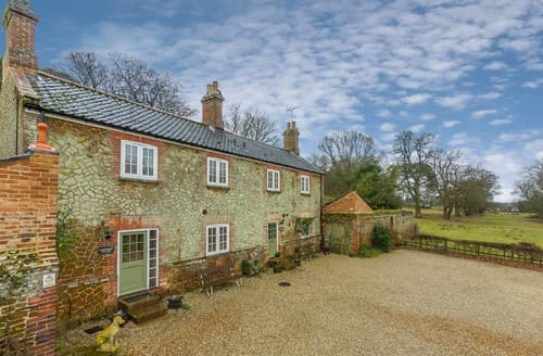 Last Minute Cottages - Adorable Ingoldisthorpe Cottage S114646