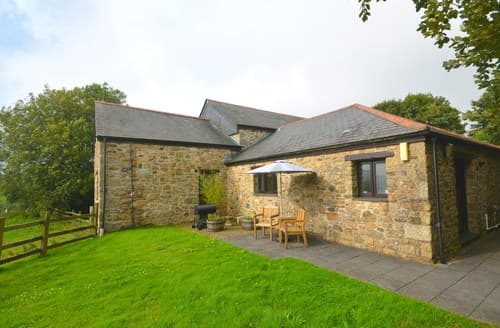 Last Minute Cottages - Luxury Par Barn S7709