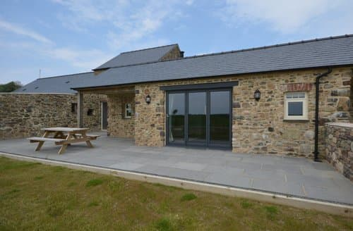 Last Minute Cottages - Lovely Haverfordwest Cottage S122529