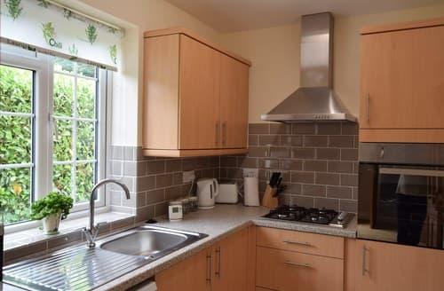 Last Minute Cottages - Excellent Thetford Bungalow S82908