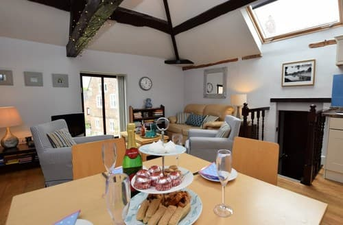 Last Minute Cottages - Splendid Brailsford Cottage S59040
