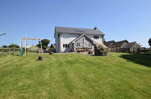 Big Cottages - Luxury Llandrindod Wells House S98262
