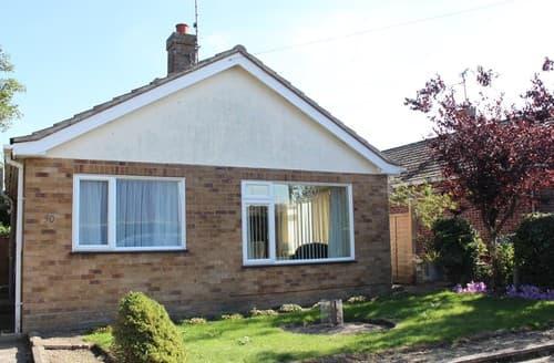 Last Minute Cottages - Splendid Wells Next The Sea Bungalow S114649