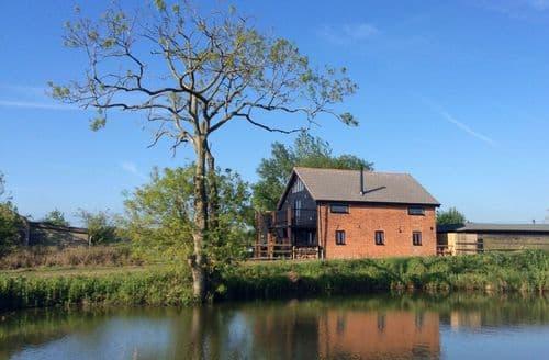 Last Minute Cottages - Cosy Sibton Cottage S41815