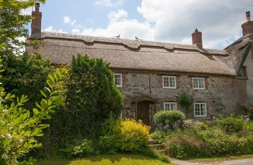 Big Cottages - Attractive Coombe Keynes Cottage S41717