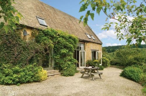 Last Minute Cottages - Lovely Wychavon Cottage S41556
