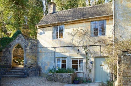 Dog Friendly Cottages - Attractive Brownshill Cottage S41713