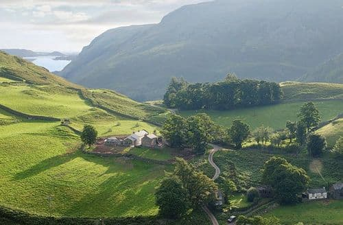 Last Minute Cottages - Hause Hall Farm and Cruick Barn, Hallin Fell, Martindale