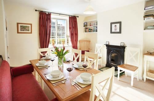 Last Minute Cottages - Gorgeous Hovingham Cottage S41630