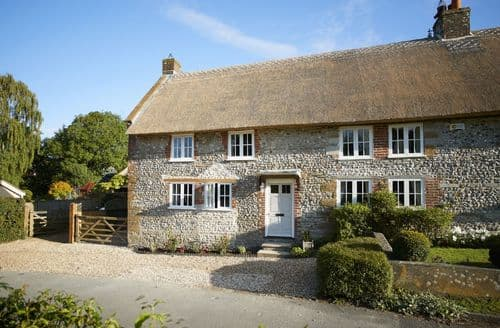 Last Minute Cottages - Quaint Sydling St Nicholas Cottage S44748