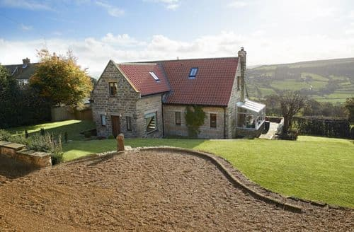 Dog Friendly Cottages - Excellent Aislaby Cottage S88496
