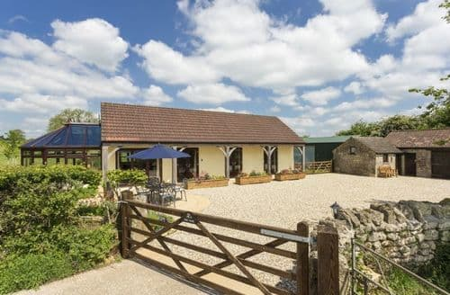 Last Minute Cottages - Superb Doulting Cottage S81304