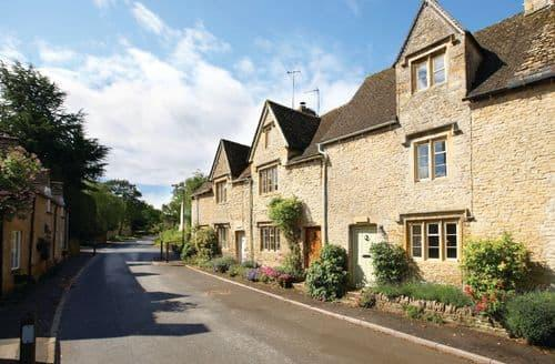 Last Minute Cottages - Hillview , Lower Swell , near Stow-on-the-Wold