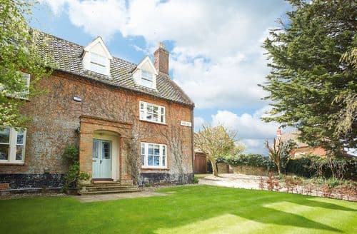 Big Cottages - Charming Wells Next The Sea Cottage S41682