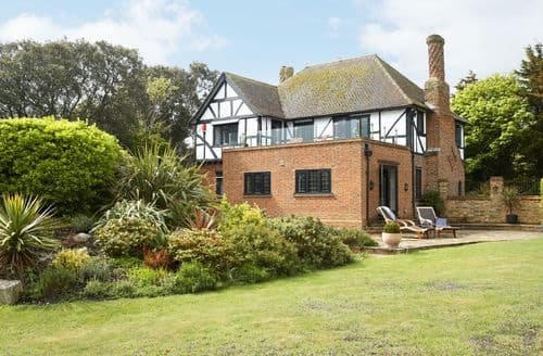 Big Cottages - Attractive Broadstairs Cottage S98243