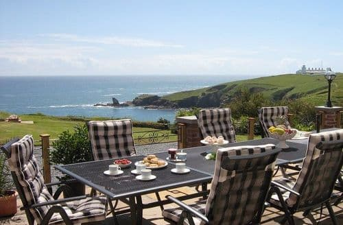 Last Minute Cottages - The Crag, Housel Bay, The Lizard
