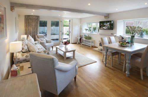 Last Minute Cottages - Wonderful Bath Cottage S41794