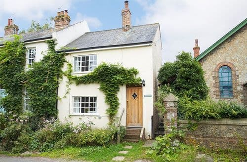 Last Minute Cottages - Wonderful Amberley Cottage S41594
