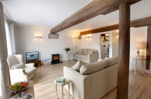 Last Minute Cottages - Charming Rye Apartment S49819