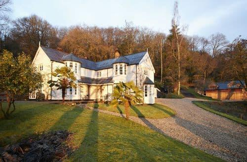 Last Minute Cottages - Quaint Offwell, Near Honiton Cottage S94411