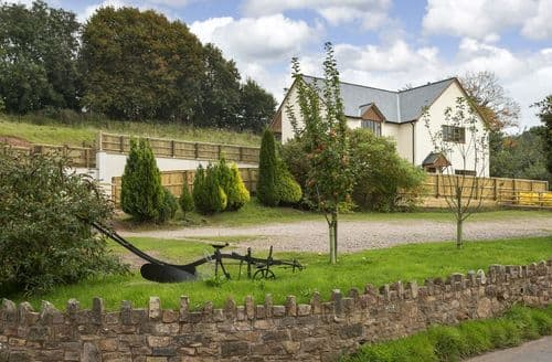 Last Minute Cottages - Holywell House, Wellington