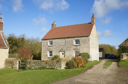 Last Minute Cottages - Charming Ryedale Cottage S98635