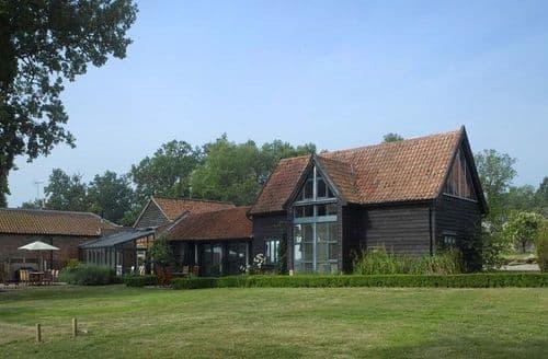 Last Minute Cottages - The Barn (Suffolk), Sibton Park, Sibton