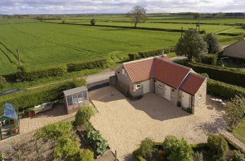 Last Minute Cottages - Attractive Harome Cottage S79852