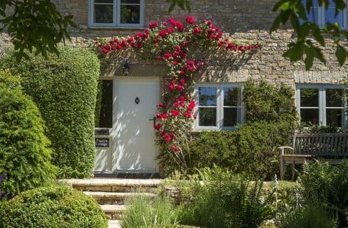 Dog Friendly Cottages - Poppy's Cottage, Baunton, near Cirencester