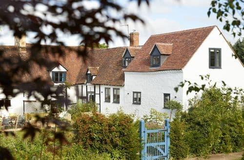 Last Minute Cottages - Cosy Eckington Cottage S102795
