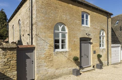 Last Minute Cottages - Chapel House, Bampton