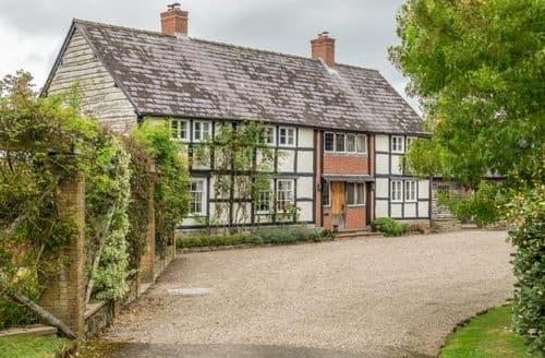 Last Minute Cottages - Tasteful Pembridge Cottage S41539