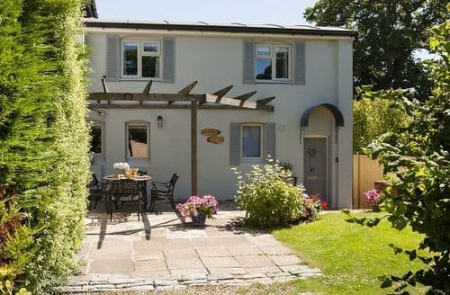 Last Minute Cottages - Adorable Bransgore Cottage S78398
