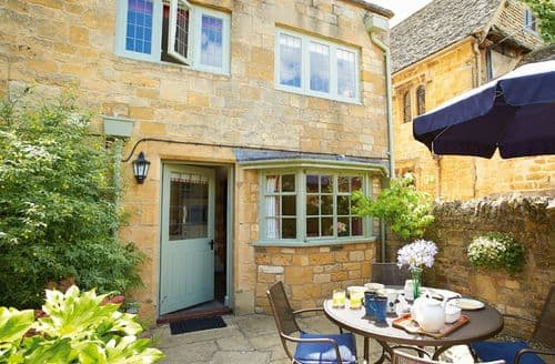 Last Minute Cottages - Charming Stanton Cottage S41697