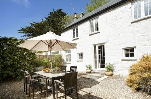 Last Minute Cottages - Mews Cottage, Helston