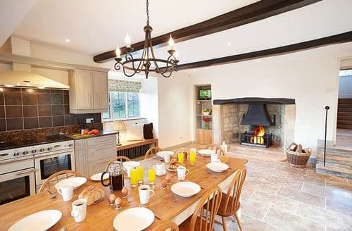 Last Minute Cottages - Oat Hill Farmhouse (8 Guests), Snowshill, Broadway