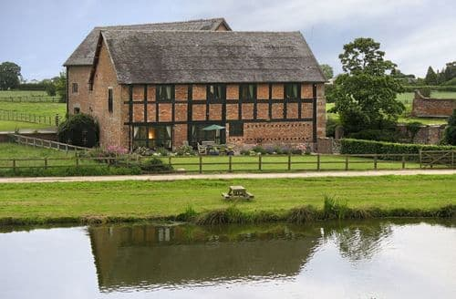 Last Minute Cottages - The Old Cart House (Cheshire), Near Nantwich