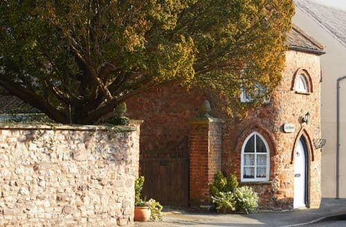 Last Minute Cottages - Toll House, Nether Stowey
