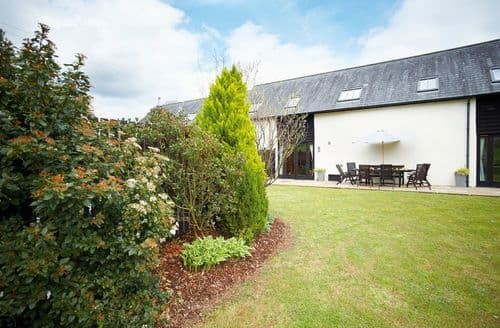 Last Minute Cottages - Attractive Buckerell Cottage S41627