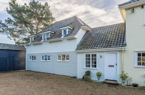 Last Minute Cottages - Marsh Lodge, Aldeburgh